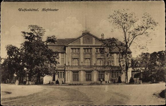 Ak Wolfenbüttel in Niedersachsen, Blick auf das Hoftheater