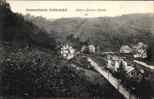 Ak Dahlerbrück Schalksmühle, Blick auf Hotel und Pension Hencke, Wald
