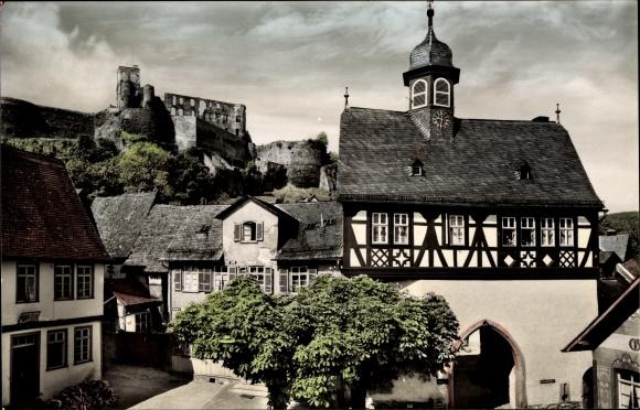Ak Königstein im Taunus Hessen, Blick auf altes Rathaus und Burg