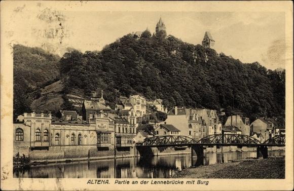 Ak Altena im Märkischen Kreis, Partie an der Lennebrücke mit Burg
