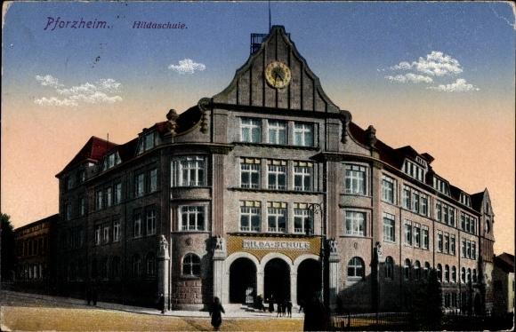 Ak Pforzheim im Schwarzwald Baden Württemberg, Außenansicht der Hildaschule, Eingang