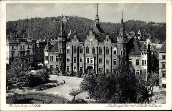 Ak Wałbrzych Waldenburg Schlesien, Rathausplatz mit Schillerhöhbaude