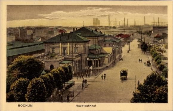 Ak Bochum im Ruhrgebiet, Blick auf den Hauptbahnhof, Straßenseite, Autos