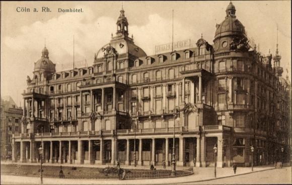 Ak Köln am Rhein, Partie am Domhotel, Totalansicht