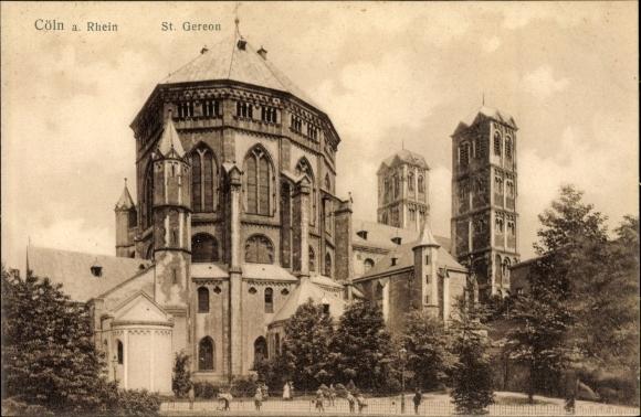 Ak Köln am Rhein, Totalansicht von Kirche St. Gereon