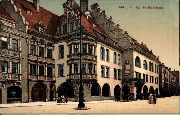 Ak München Bayern, zentraler Platz mit Blick auf das königliche Hofbräuhaus