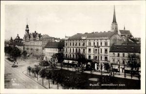 Ak Plzeň Pilsen Stadt, Kramarovy Sady, Allee, Gebäude, Kirchturm