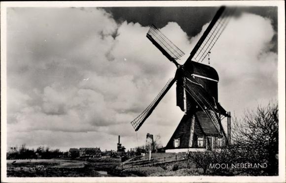 Ak Niederlande, Blick auf eine Windmühle, Mool Nederland