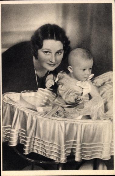 Ak Astrid von Schweden, Königin von Belgien, Prinz von Lüttich als Baby