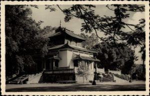 Foto Ak Vietnam, Blick auf Haus im asiatischen Stil, Pagode
