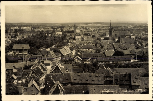 Ak Quedlinburg im Harz, Blick über die Dächer der Stadt