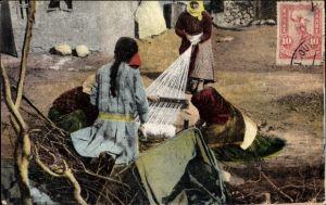 Ak Thessaloniki Griechenland, Weberinnen bei der Arbeit
