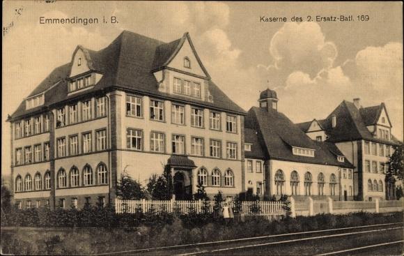 Ak Emmendingen in Baden Württemberg, Kaserne des 2. Ersatz Batl. 169, Bahnstrecke