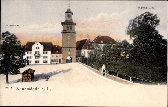 Ak Neuenstadt am Kocher Alte Linde, Blick auf den Turm und Stadttor, Friedenslinde, 100jährige Linde