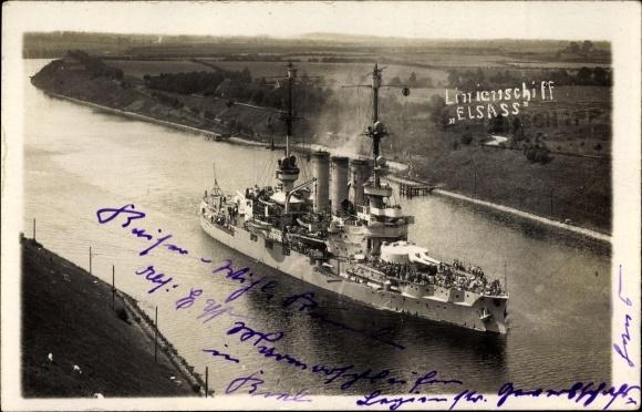 Foto Ak Deutsches Kriegsschiff, Elsaß, Linienschiff, Blick von der Hochbrücke