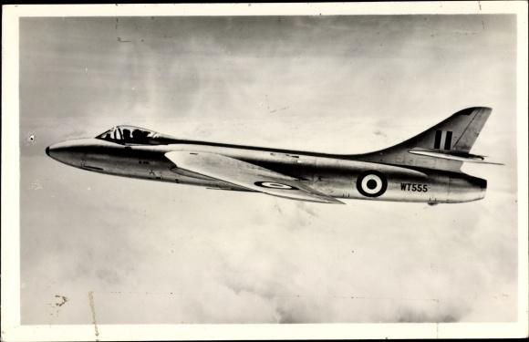 Ak Britisches Militärflugzeug Hawker P 1067 Hunter, Jagdflugzeug, WT 555