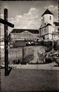 Ak Mönchengladbach in Nordrhein Westfalen, Münster mit Abtei, Kreuz