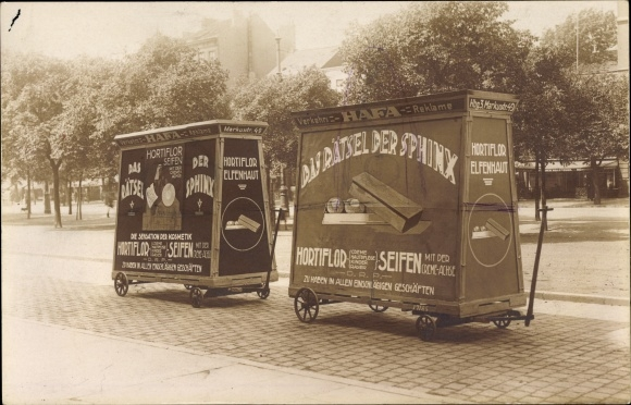 Foto Ak Hamburg, Reklamewagen, Das Rätsel der Sphinx, Hortiflor Seifen, Sensation der Kosmetik