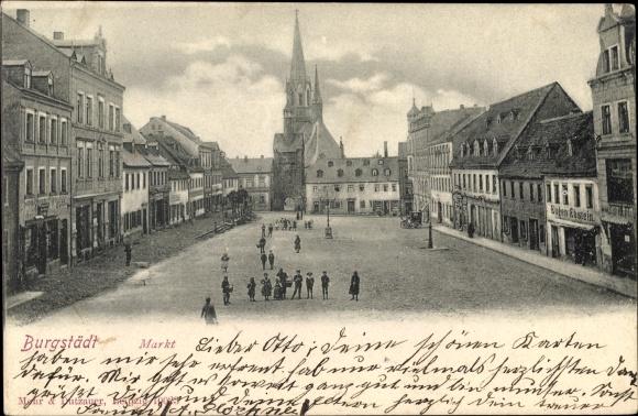 Ak Burgstädt in Sachsen, Blick über den Markt, Kirche, Passanten, Geschäft Eugen Ebstein