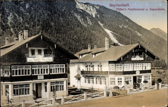 Ak Bayrischzell im Mangfallgebirge Oberbayern, Müllers Familienhotel mit Pension, Bahnhof Café