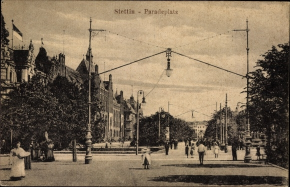 Ak Szczecin Stettin Pommern, Ansicht vom Paradeplatz