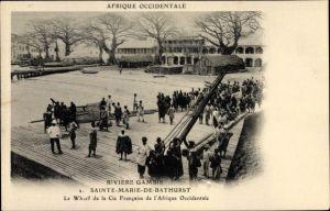 Ak Sainte Marie de Bathurst Gambia, Rivière Gambie, Le Wharf de la Cie Francaise de l'Afrique Occ.