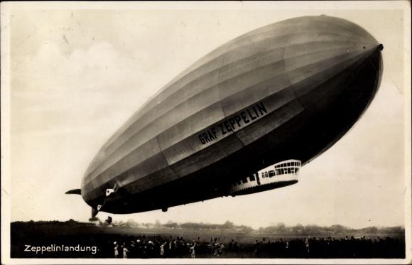 ak luftschiff graf zeppelin bei der landung starrluftschiff lz 127 nr 1464334 oldthing. Black Bedroom Furniture Sets. Home Design Ideas