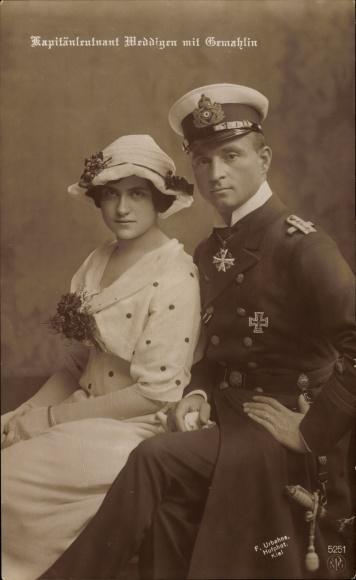 Ak Otto Weddigen, Marineoffizier, Kapitänleutnant, Portrait mit Gemahlin, NPG 5251