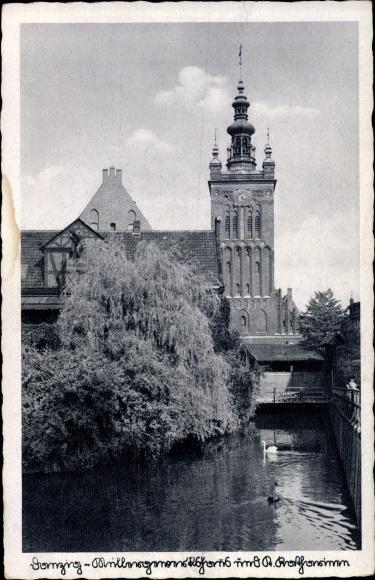 Ak Gdańsk Danzig, Müllergewerkshaus mit Blick auf die Katharinenkirche