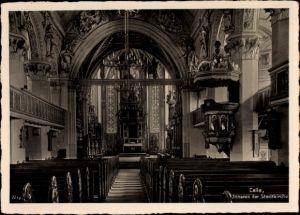 Ak Celle in Niedersachsen, Innenansicht der Stadtkirche, Kanzel, Altar