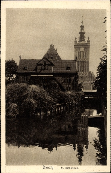 Ak Gdańsk Danzig, Blick zur St. Katharinen Kirche, Flusspartie
