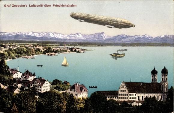 Ak Graf Zeppelin's Luftschiff über Friedrichshafen