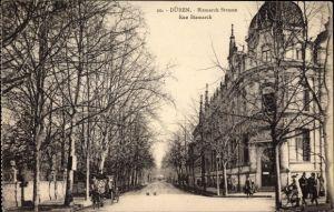 Ak Düren in Nordrhein Westfalen, Blick in die Bismarck Straße, Bank