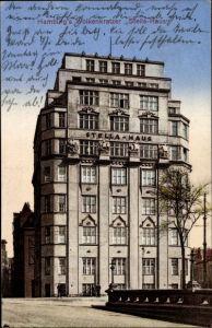 Ak Hamburg Mitte Altstadt, Straßenpartie mit Blick auf den Wolkenkratzer Stella Haus