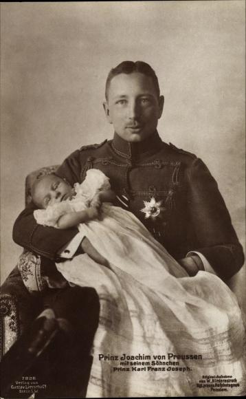 Ak Prinz Joachim von Preußen mit Söhnchen Prinz Karl Franz Joseph, Liersch 7828