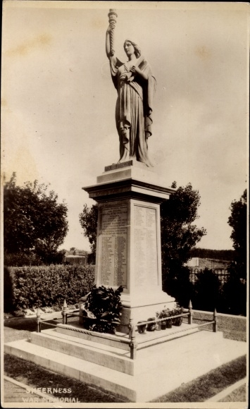Ak Sheerness on Sea South East, War Memorial, Kriegerdenkmal
