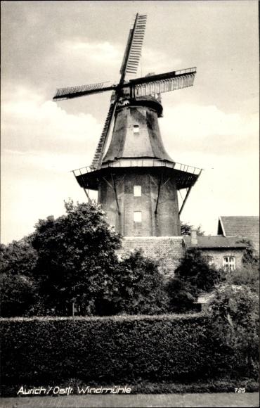 Ak Aurich in Ostfriesland, Blick auf eine Windmühle