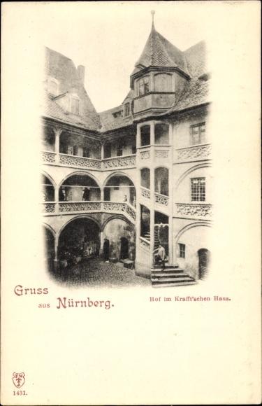 Ak Nürnberg in Mittelfranken Bayern, Ansicht vom Hof im Krafftschen Haus