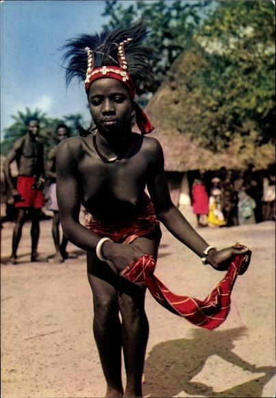 Ak Jeune danseuse, Junge Tänzerin in traditioneller