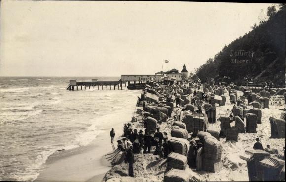 Ak Ostseebad Sellin auf Rügen, Partie am Strand, Strandkörbe