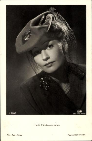 Ak Schauspielerin Heli Finkenzeller, Portrait, Hut, Schleier, Tobis Film, A 3958 1