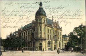 Ak Hannover in Niedersachsen, Blick auf die Hannoversche Bank, Passanten