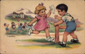 Künstler Ak Gougeon, Mädchen rennt mit einem Brief zu einem Jungen, Ballspielende Kinder