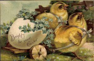 Präge Litho Glückwunsch Ostern, Zwei Küken ziehen einen Wagen mit Eierschale, Vergissmeinnicht