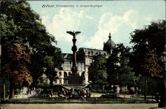 Ak Erfurt in Thüringen, Hirschgarten mit Kriegerdenkmal