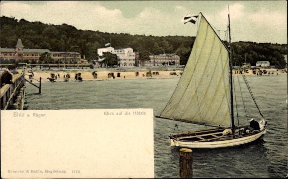 Ak Seebad Binz auf Rügen, Blick auf die Hotels, Segelboot