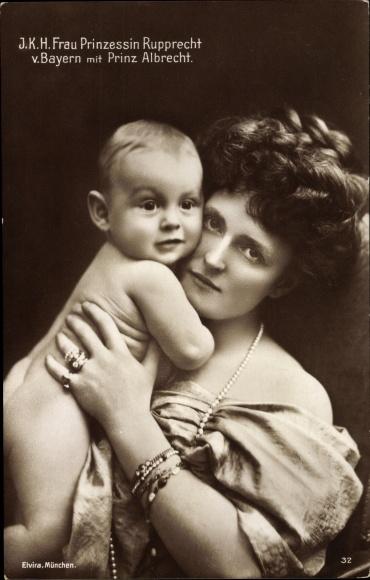 Ak Prinzessin Marie Gabriele von Bayern mit Prinz Albrecht als Baby