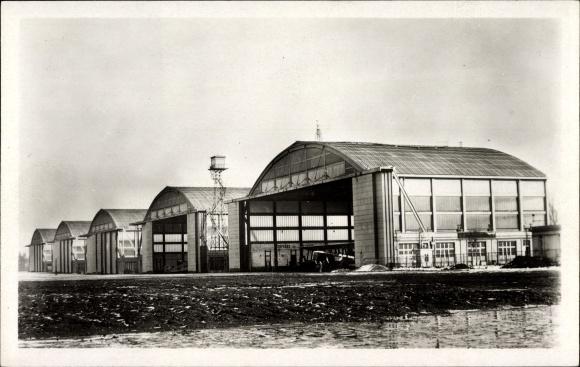 Ak Le Bourget Seine Saint Denis, Aéroport, Les Hangars Bessoneaux en ciment armé, Flughafen