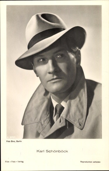Ak Schauspieler Karl Schönböck, Portrait mit Hut und Mantel, A 35721/1