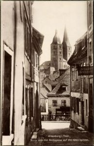 Ak Altenburg in Thüringen, Blick von der Amtsgasse auf die roten Spitzen